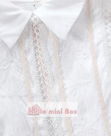 Вышитый крестильный костюм из трех частей